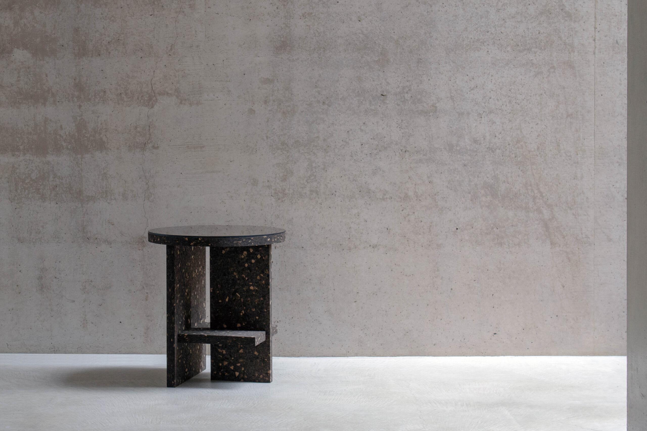 """""""Matteo Fogale Cruz Del Sur Table grey background"""""""