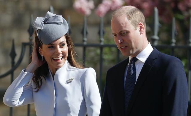 Елизавете II — 93! Кейт Миддлтон, принцы Уильям и Гарри и другие члены королевской семьи на праздничной службе