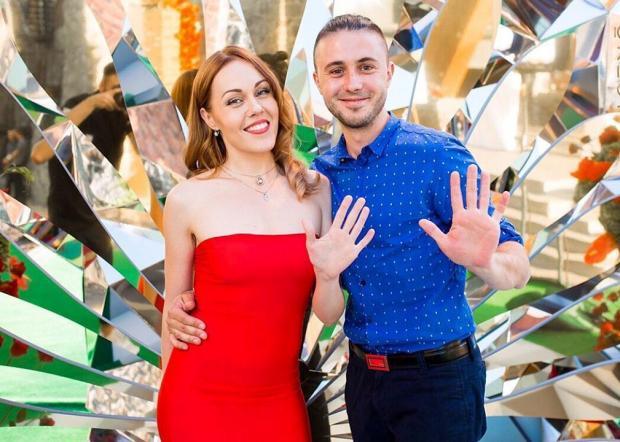 Певица Alyosha и Тарас Тополя готовятся к рождению третьего ребенка