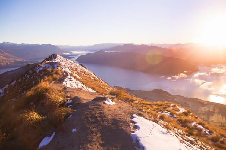roys peak - new zealand travel