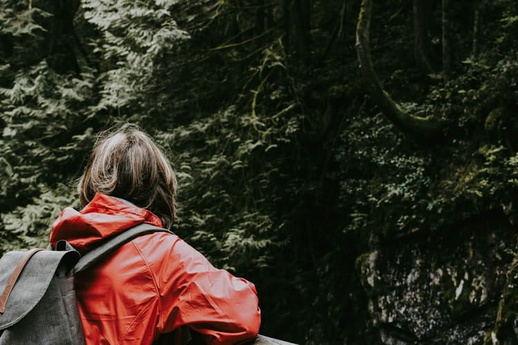 take a hike in vancouver island