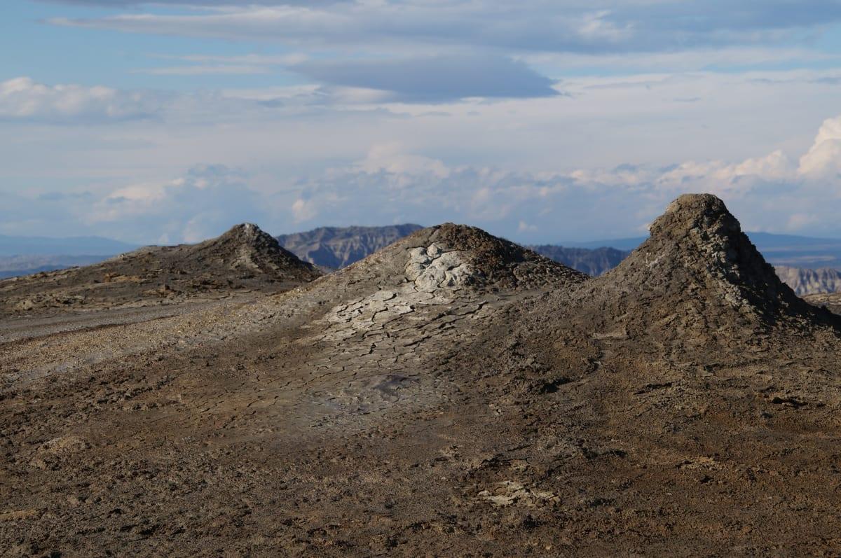 Schlammvulkane im Dalis Mta Reservoir
