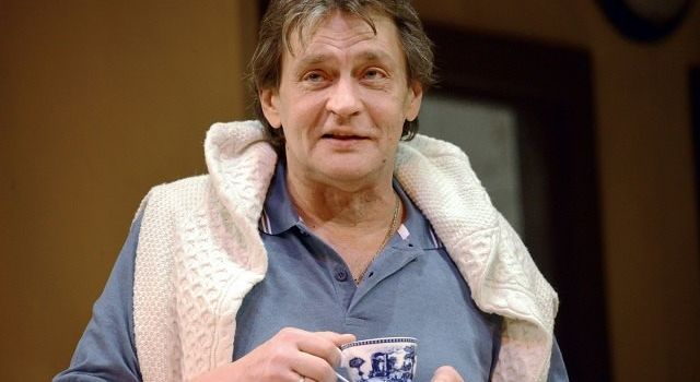 Не заплатили ни копейки: Домогаров назвал истинную причину ухода из театра