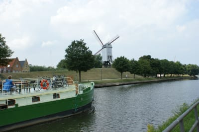 Johanna aan de brugse windmolens