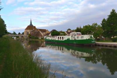 Montbouy op het kanaal van Briare
