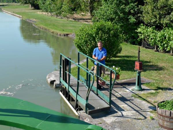 Sluisbediening op de Upper Loire