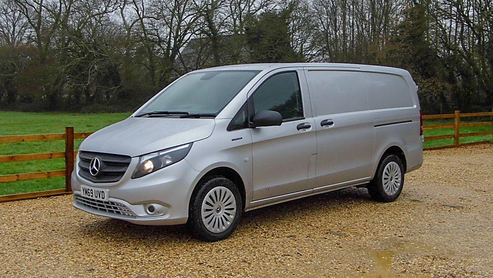 Mercedes Benz E-Vito Exterior