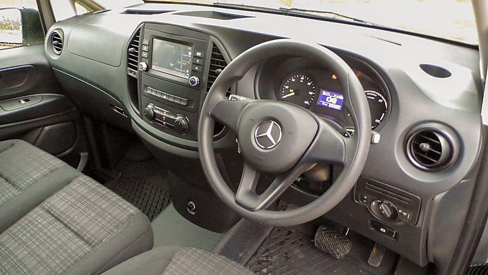 Mercedes Benz E-Vito Interior