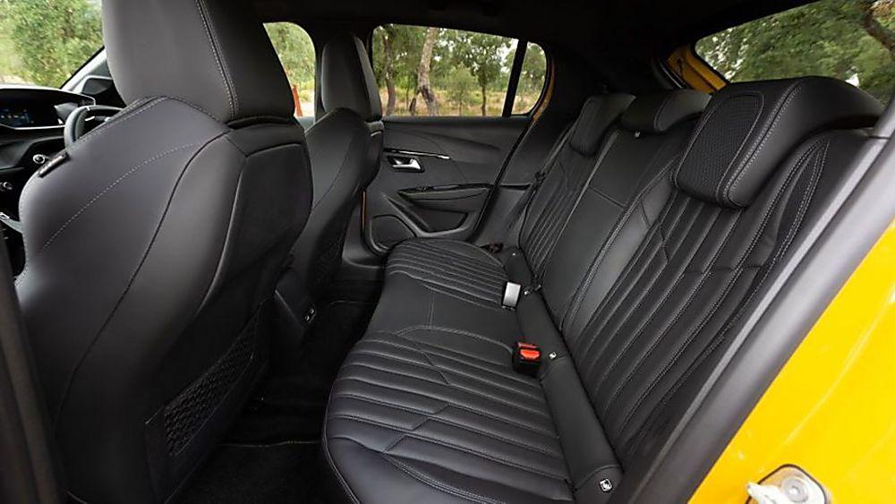 Peugeot 208 Inside Rear