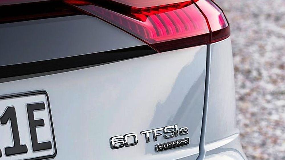 Audi Q8 SUV Badge