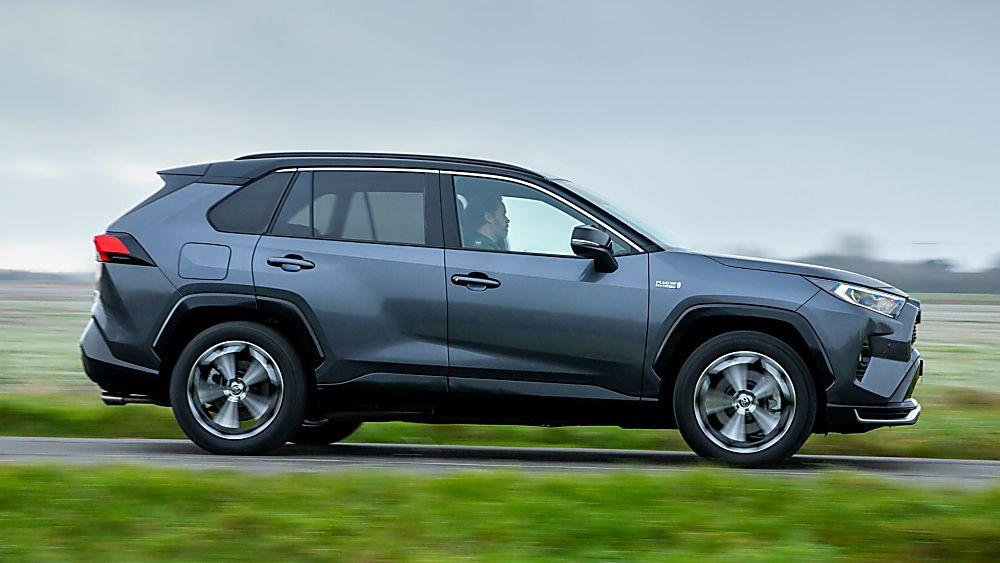 Review: 2021 Toyota RAV4 Plug-in Hybrid Side