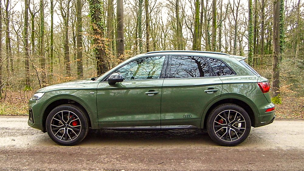 Review: 2021 Audi Q5 'Edition 1' Side