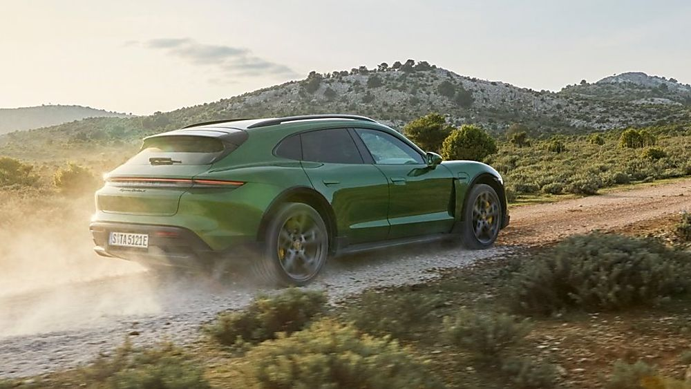 PORSCHE: New Taycan Cross Turismo revealed On the Road