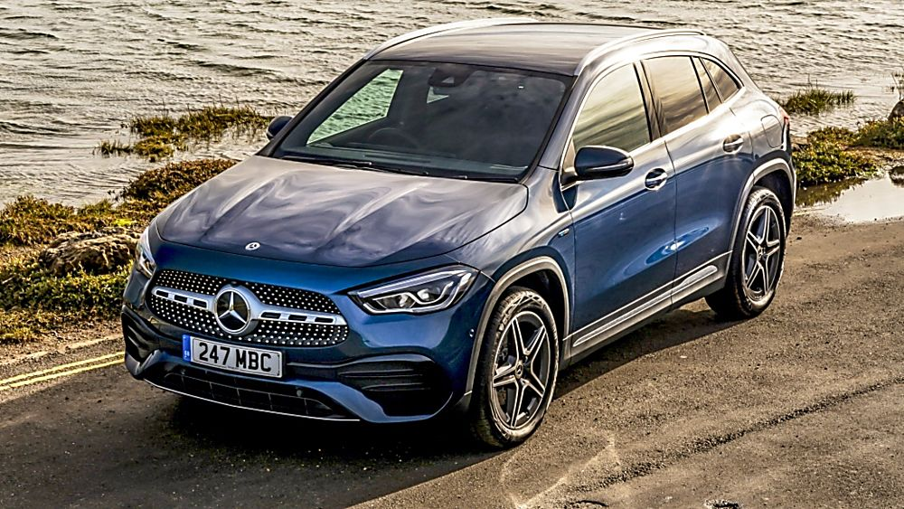 Review: Mercedes-Benz GLA 250 e PHEV Interior On the Road