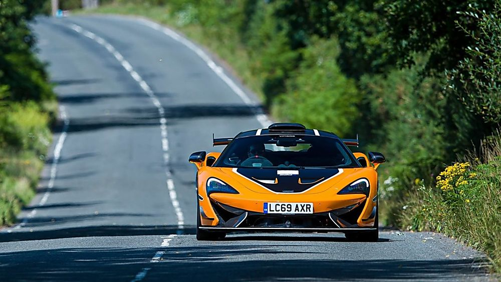 Review: McLaren 620R On the road front