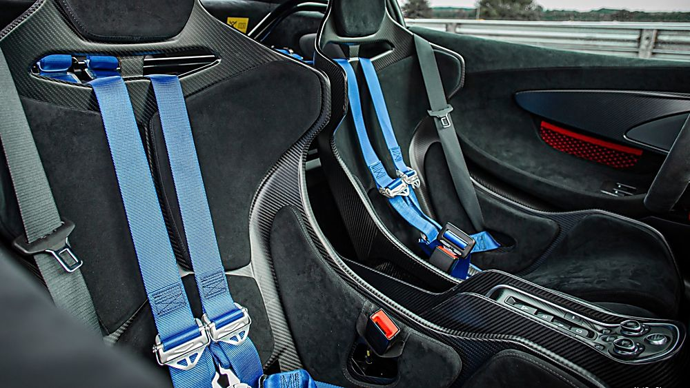 Review: McLaren 620R Interior Front