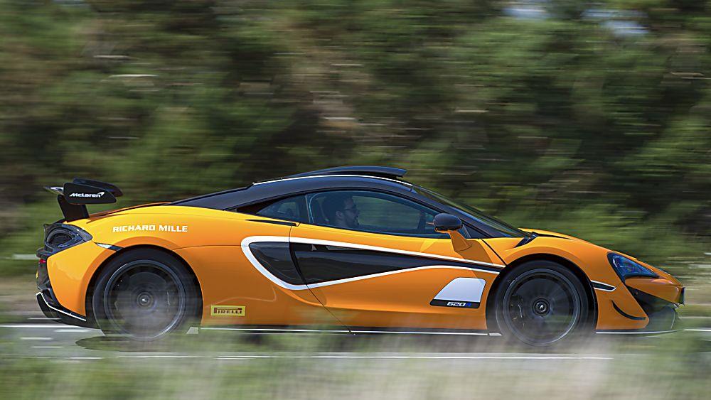 Review: McLaren 620R Track