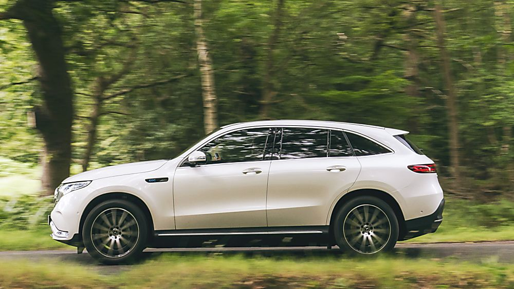 Review: Mercedes-Benz EQC 400 Side