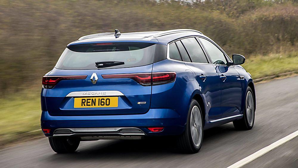 Review: Renault Mégane Sport Tourer E-Tech - Hero Rear