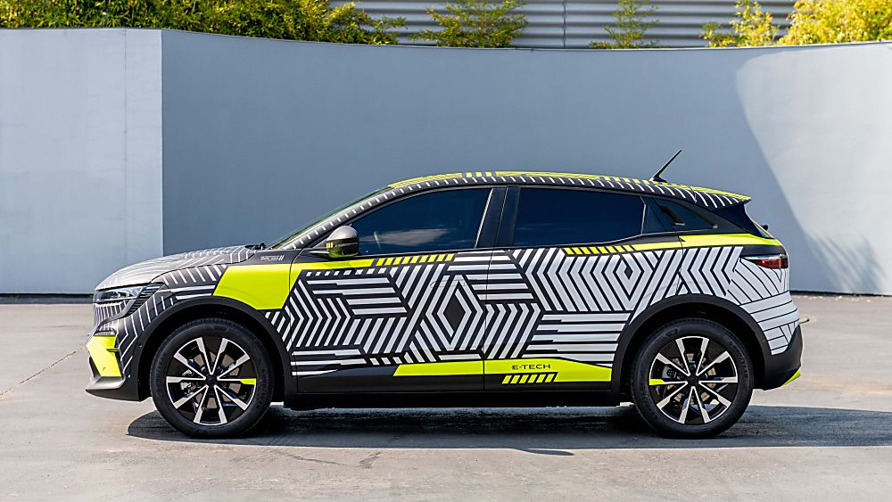 RENAULT: Pre-production images of Mégane E-Tech Electric released Side