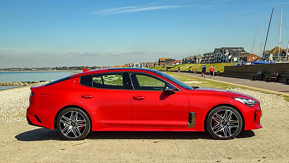 Review: KIA Stinger GT S Side