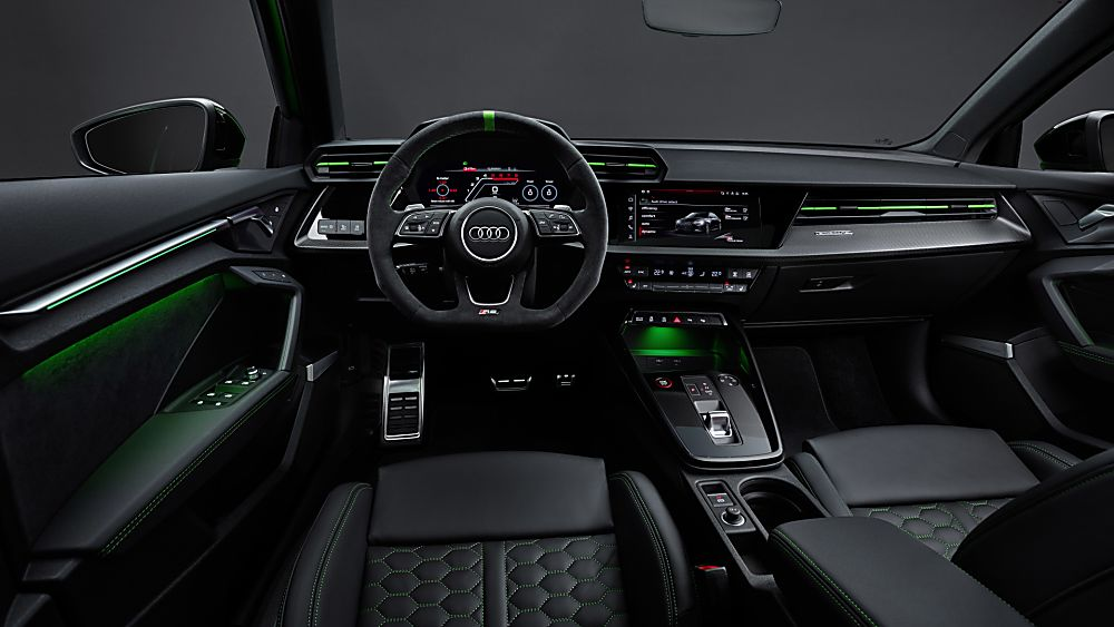 AUDI: RS 3 2022 Cockpit