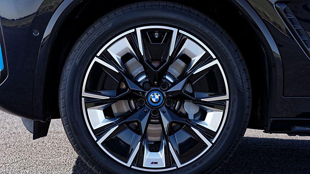 BMW: Early refresh and M Sport trim for iX3 EV Wheels