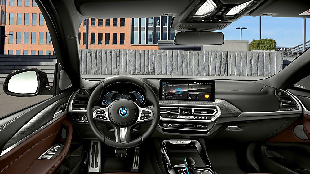 BMW: Early refresh and M Sport trim for iX3 EV Cockpit