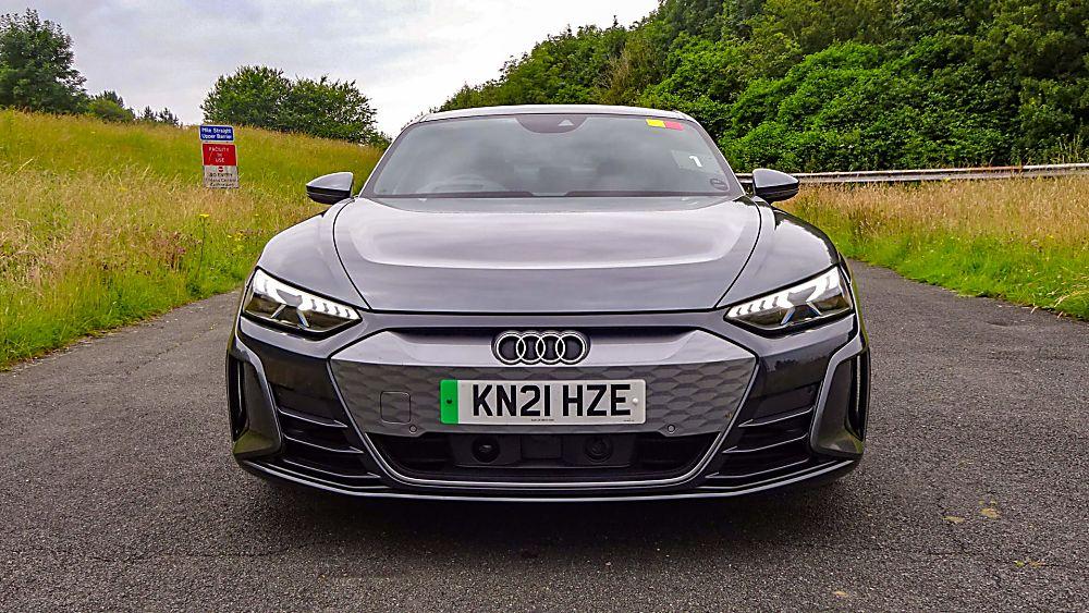 Review: Audi e-tron GT quattro Front Grill