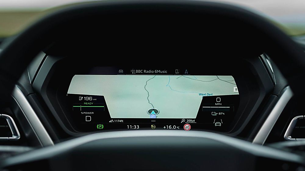 Review: Audi Q4 e-tron Infotainment