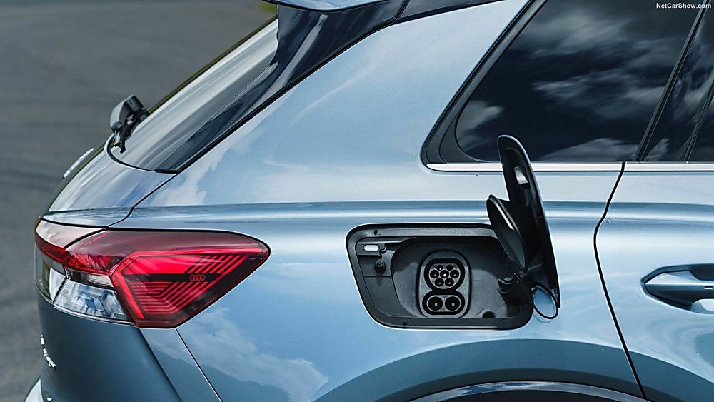 Review: Audi Q4 e-tron Charging