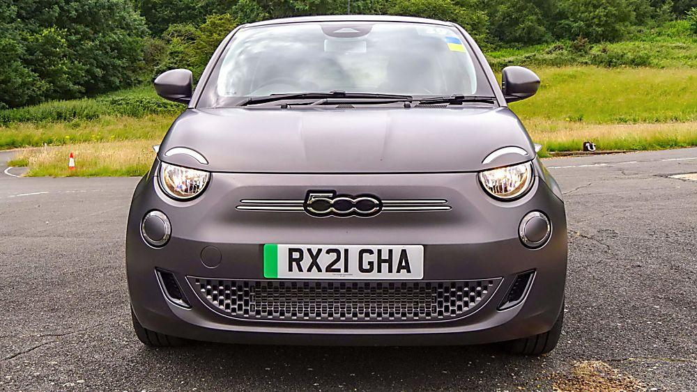 Review: Fiat New 500 EV hatch Front