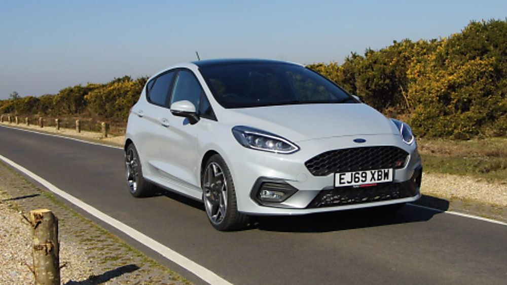 Ford Fiesta ST 5dr exterior view