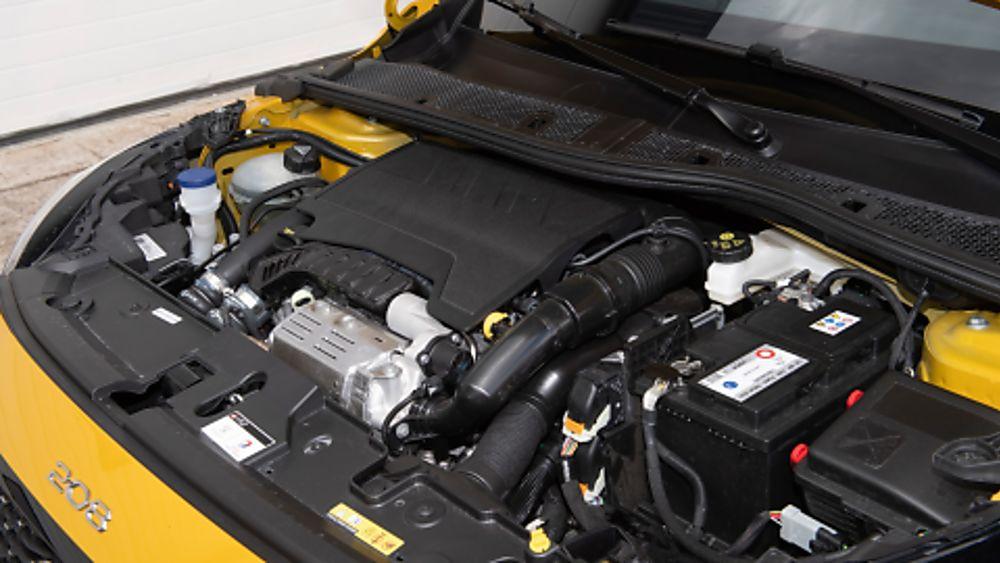 Peugeot 208 Engine