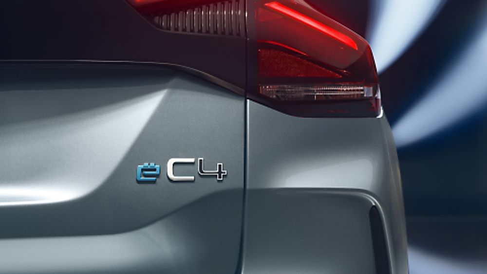 Citroen C4 and e-C4 Badge