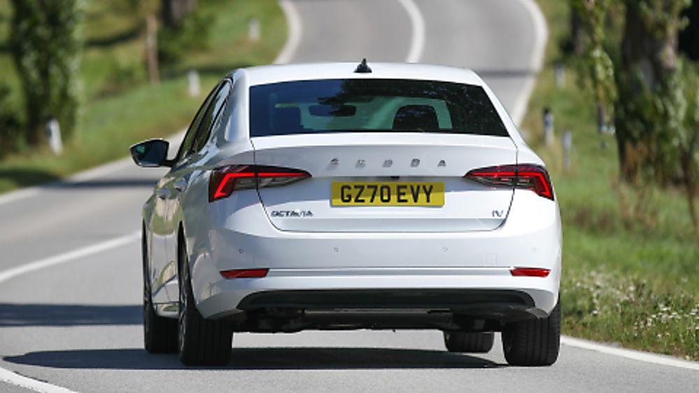SKODA: New Octavia iV PHEV Rear