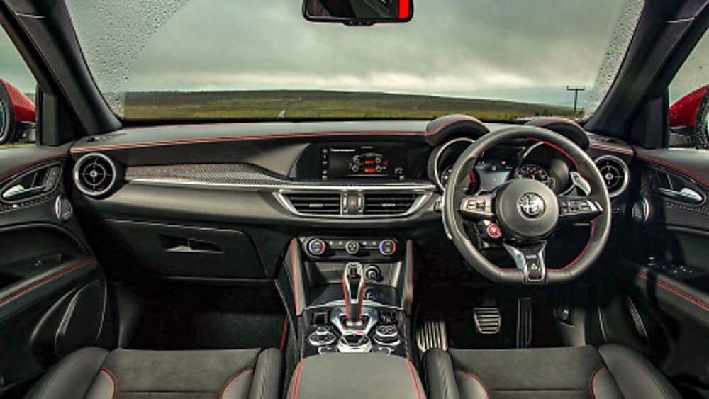 Alfa Romeo Stelvio Quadrifoglio Verde Interior Front