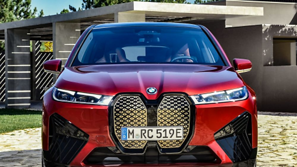 New BMW iX EV 2020 Front