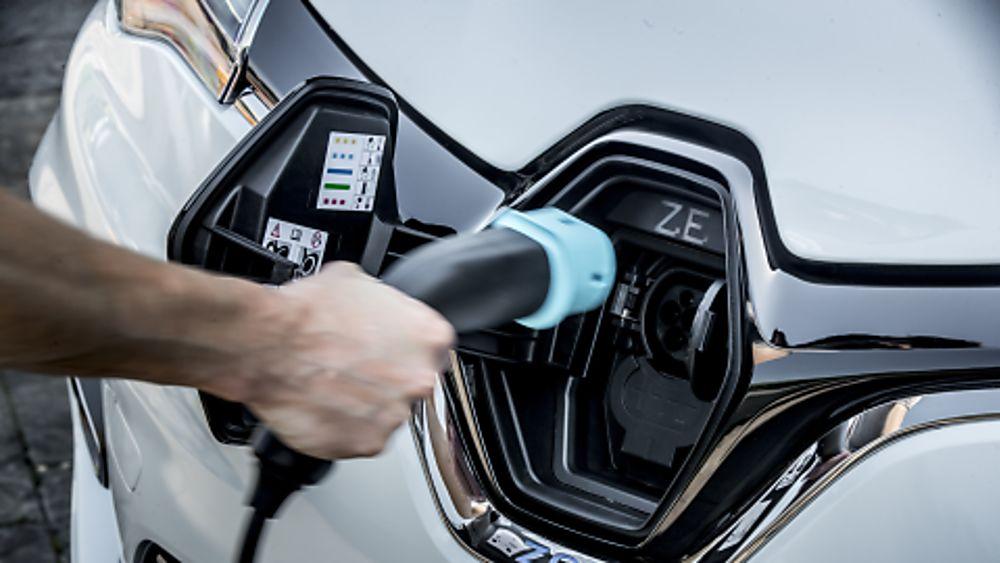 RENAULT: New ZOE Venture Edition trim level announced Charging