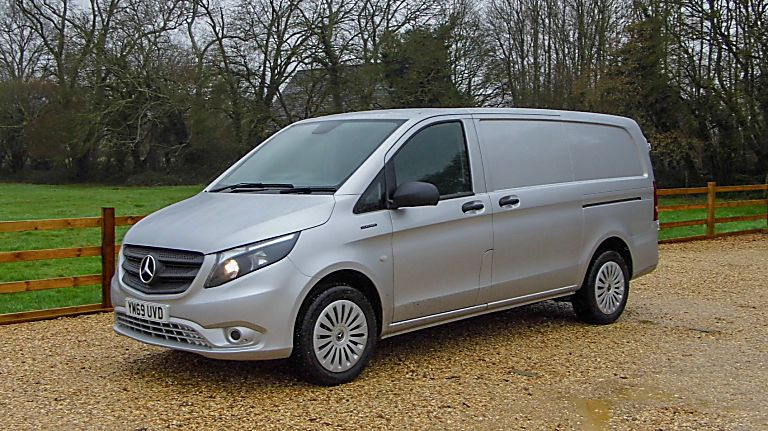 Mercedes Benz E-Vito Hero Reverse