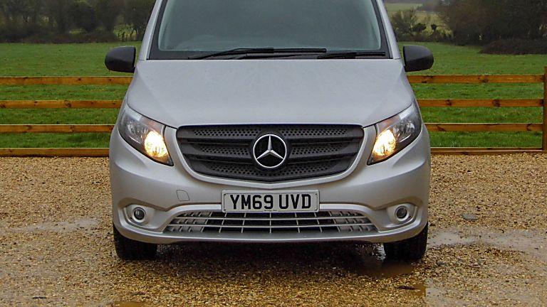 Mercedes Benz E-Vito Front