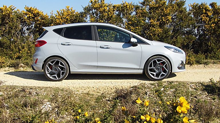 Ford Fiesta ST 5dr side view