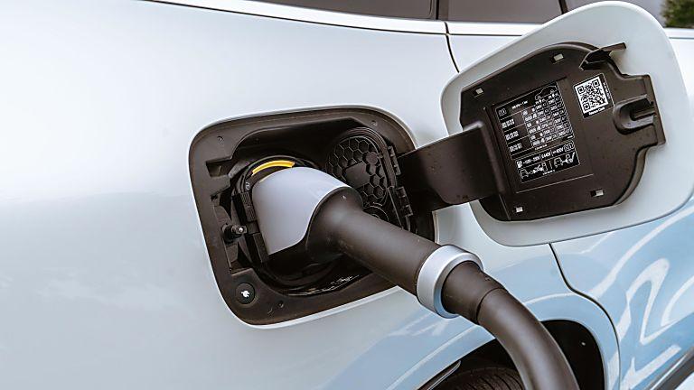 Mercedes Benz EV Charging