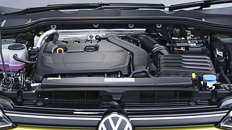 Volkswagen Golf Mk8 engine bay