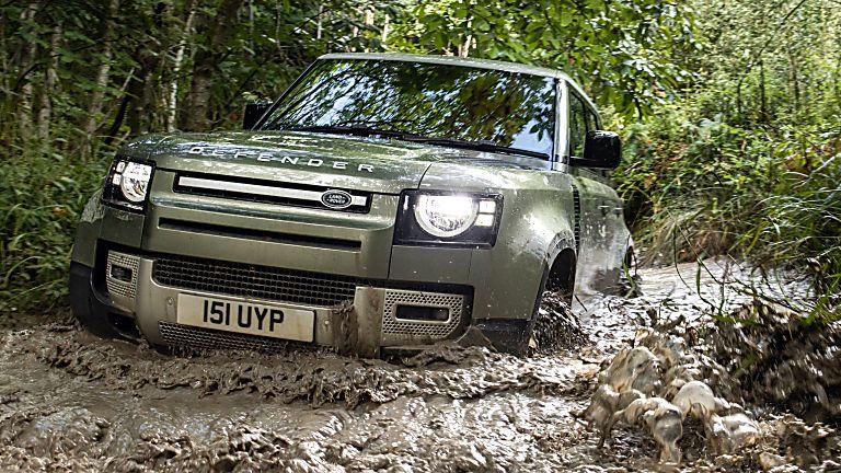 Land Rover Defender PHEV off road