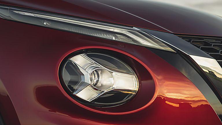 Nissan Juke II Lights