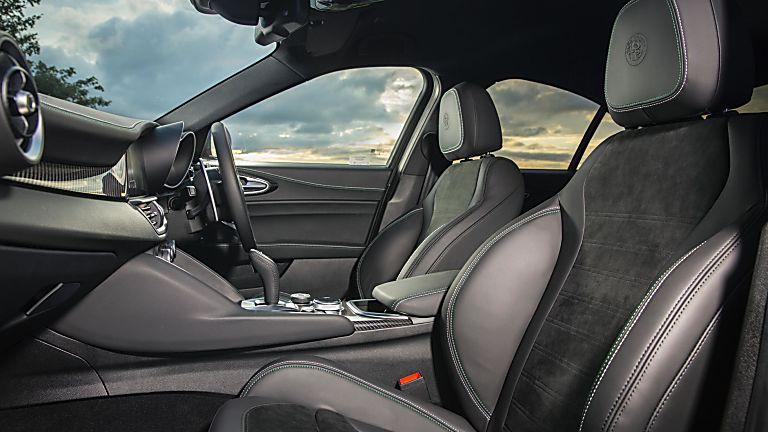 2020 Alfa Romeo Giulia Quadrifoglio Verde Interior Front
