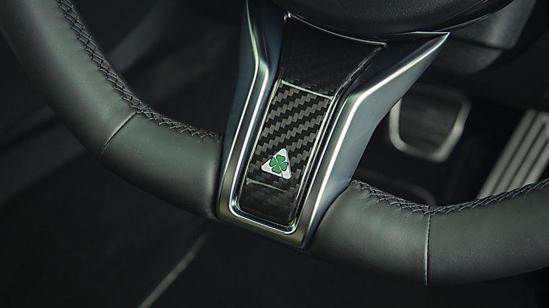 2020 Alfa Romeo Giulia Quadrifoglio Verde Steering Wheel