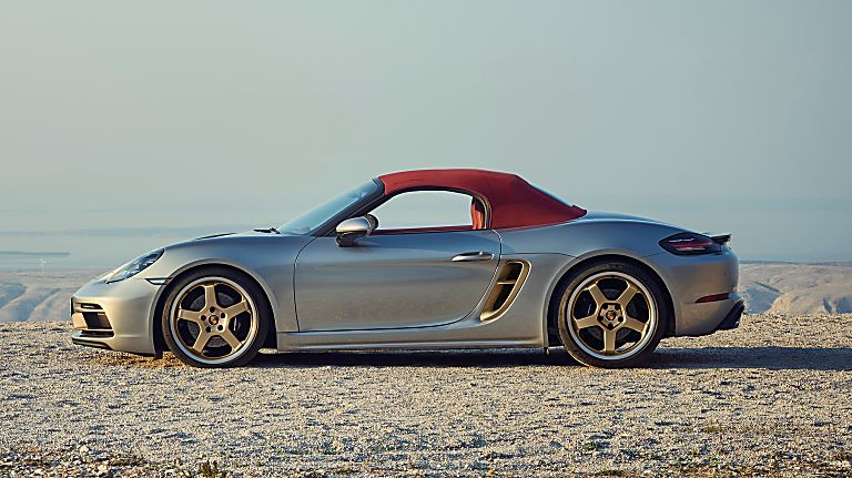 PORSCHE: 718 Boxster gains 25 Years anniversary edition Side Soft Top