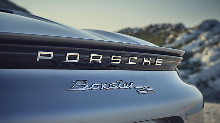 PORSCHE: 718 Boxster gains 25 Years anniversary edition Badge